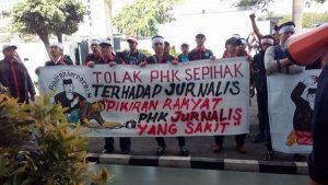 solidaritas untuk wartawan pikiran rakyat zaky yamani